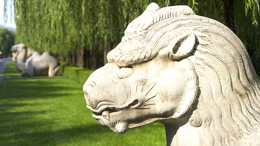 china-beijing-ming_tomb_standing_xiezhi